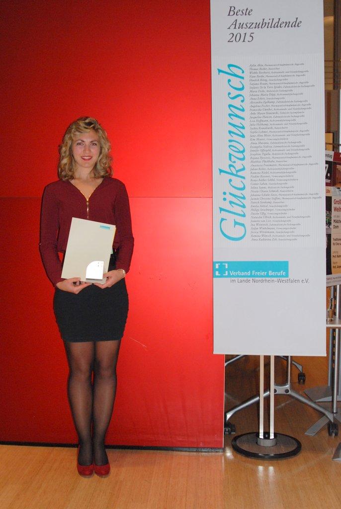 Jacqueline Hansen landesbeste Auszubildende NRW